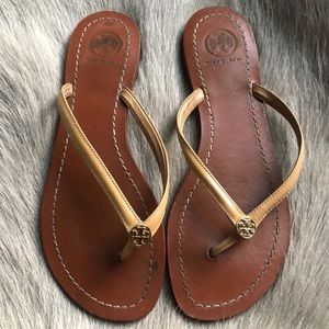 Tory Burch Terra flip flops sandals 6.5